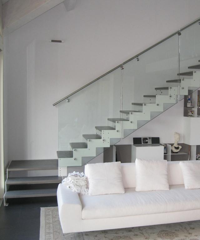 Studioscale anm design progettazione e produzione scale - Corrimano in vetro per scale ...